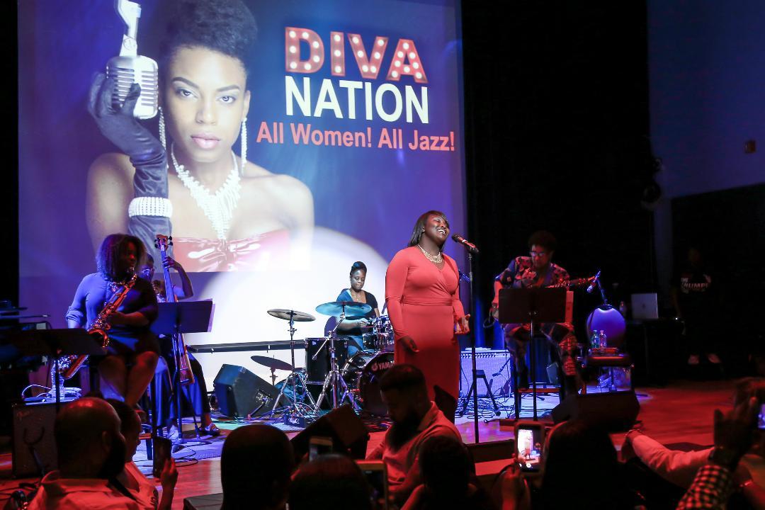 DivaNationPhilly-01